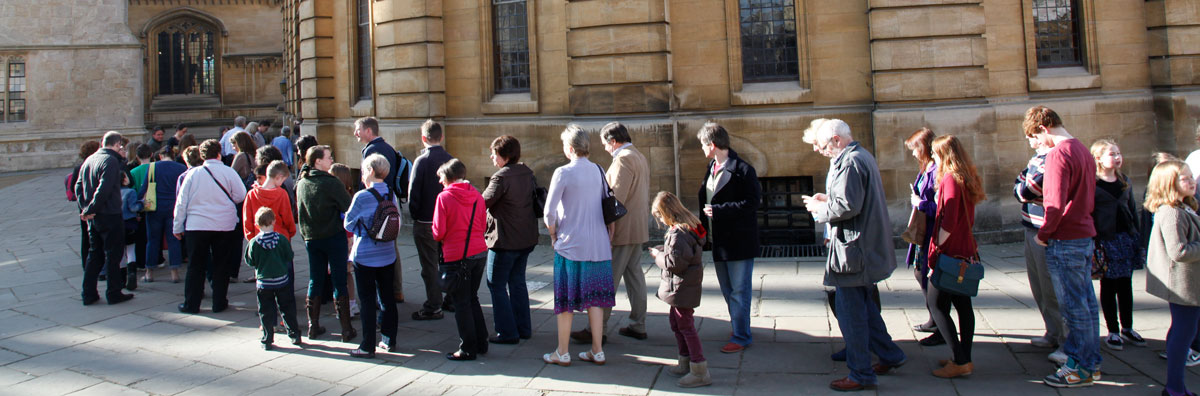 Queue-at-sheldonian