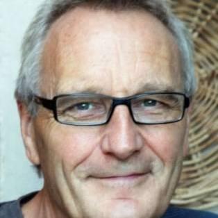 Author / Speaker holding image - Jeremy Strong