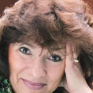 Author / Speaker - Lisa Appignanesi