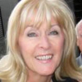 Lynne Levin