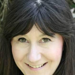 Author / Speaker - Hannah Beckerman