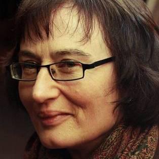 Author / Speaker holding image - Fiona Sampson