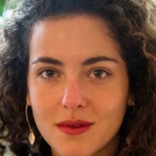 Author / Speaker holding image - Nadja Spiegelman