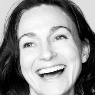 Author / Speaker holding image - Sarah Winman
