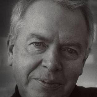 Author / Speaker holding image - David Chipperfield